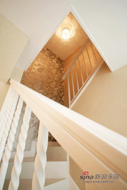 欧式 别墅 楼梯图片来自用户2746889121在无彩空间 你是多么地动人97的分享