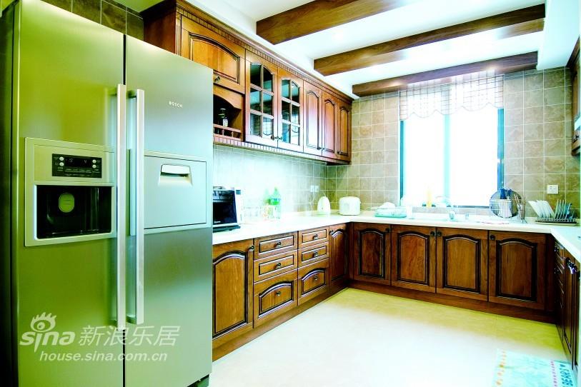欧式 别墅 客厅图片来自用户2745758987在圣芭芭花园14的分享
