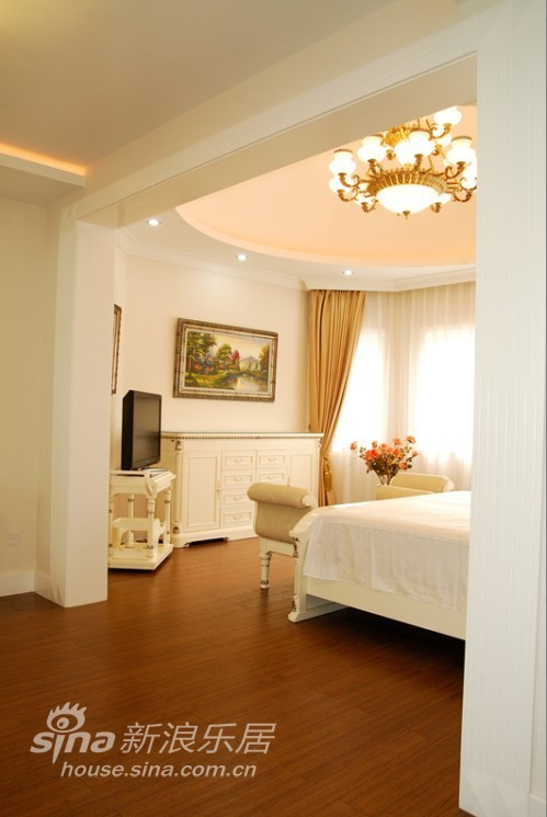 欧式 别墅 卧室图片来自用户2746889121在现代欧式别墅54的分享