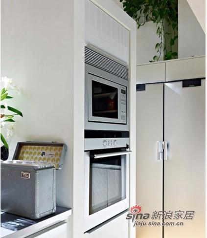 简约 复式 厨房图片来自用户2739081033在7.3万浪漫北欧124平小复式18的分享