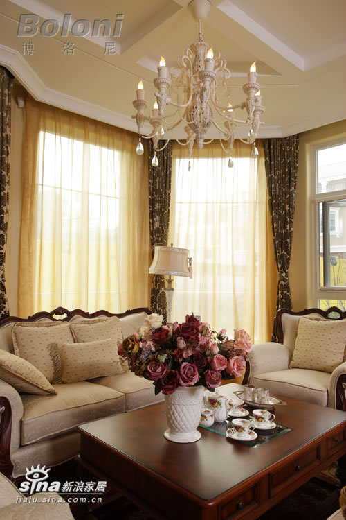 欧式 别墅 客厅图片来自用户2746948411在天鹅堡别墅照片36的分享