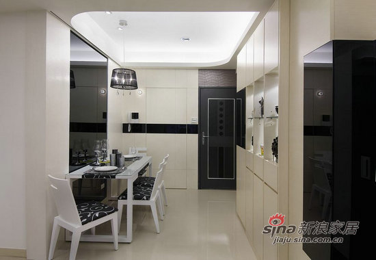 简约 二居 客厅图片来自用户2559456651在5.6万装饰100平时尚黑白两居11的分享