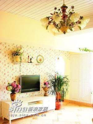 简约 一居 客厅图片来自用户2737782783在45平米单身女人的完美空间73的分享