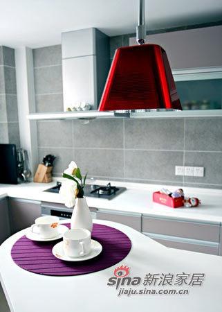 简约 三居 厨房图片来自用户2738845145在12万硬装+7万软装浪漫三室美居49的分享