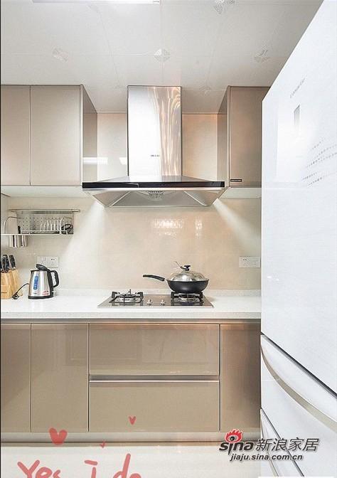 简约 二居 厨房图片来自用户2737950087在80后爱侣5.6万装95平两居简约婚房70的分享