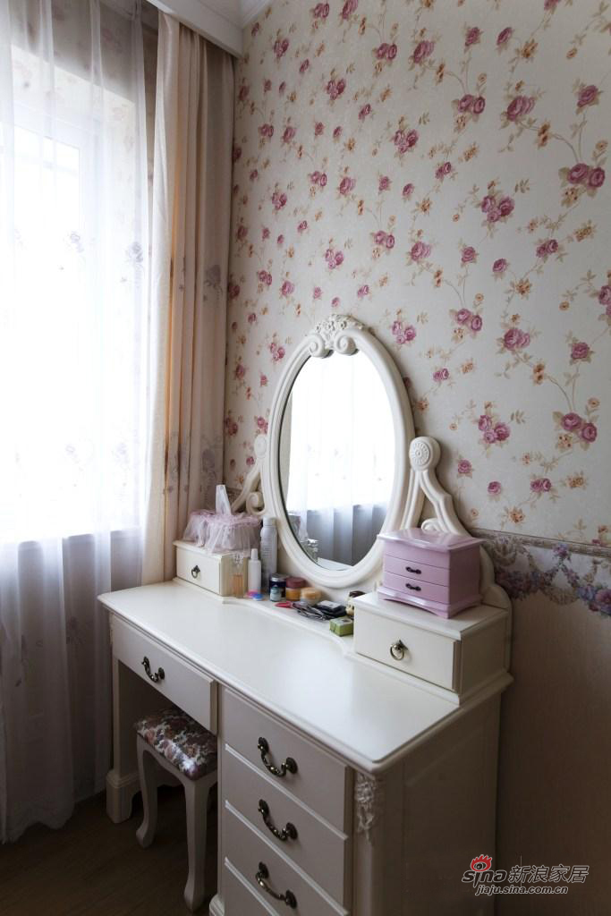 田园 二居 卧室图片来自用户2737946093在【高清】小资6.8万打造90平田园美家31的分享