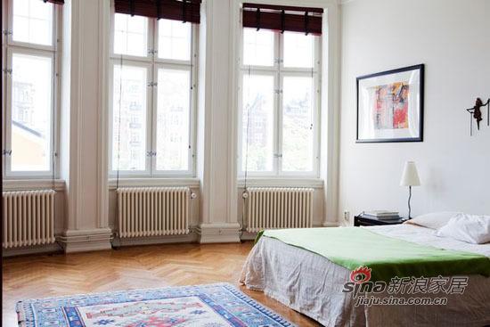 简约 二居 卧室图片来自用户2737950087在原木自然家装 75平精致二居48的分享