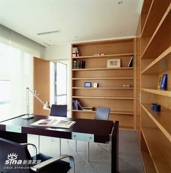 中式 四居 书房图片来自用户2757926655在80后超简约懒人设计34的分享