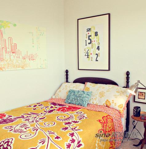 客房的复古床,当然也是在二手市场买的。买