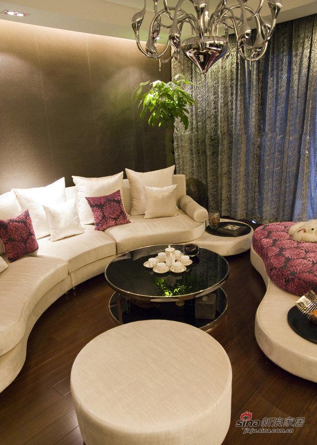 简约 三居 客厅图片来自装修微日记在9万打造160平现代简约低奢美家37的分享