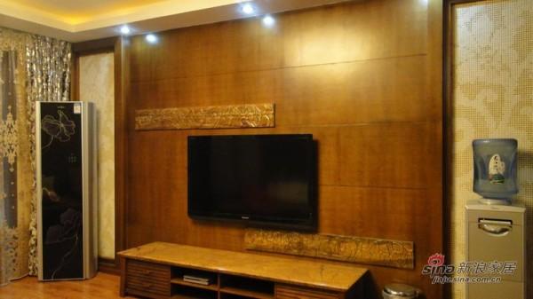 派克公馆客厅电视墙