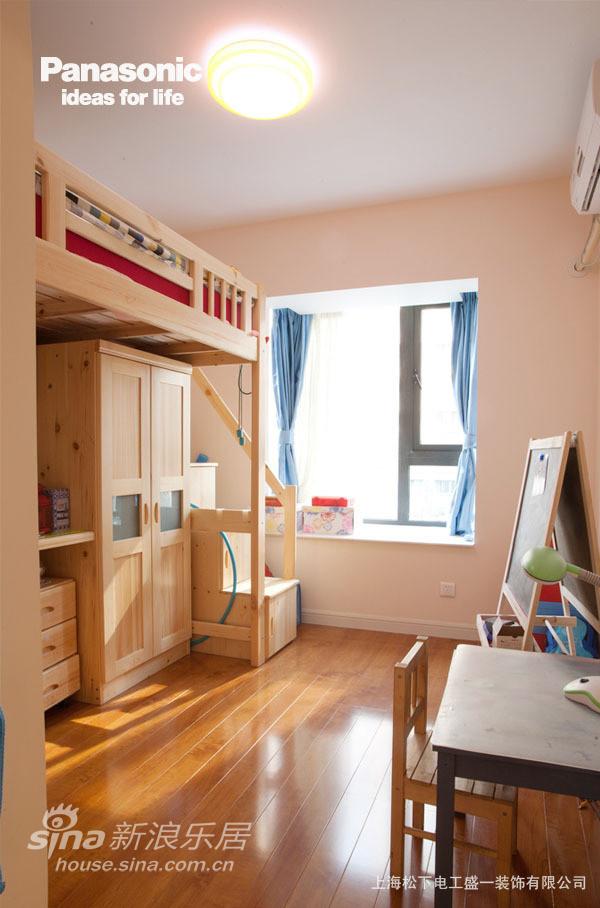 铺上了地暖的房间让孩子更舒适的成长