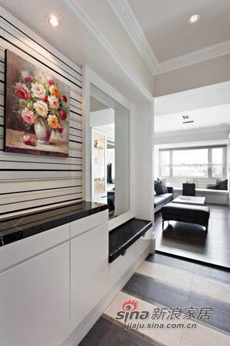 简约 三居 客厅图片来自用户2738813661在老房翻新实景图150平时尚爱家21的分享