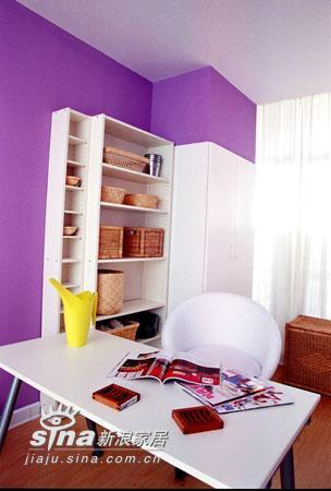简约 四居 书房图片来自用户2557010253在神秘紫色营造浪漫居室52的分享