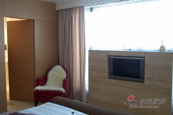 简约 三居 卧室图片来自用户2557010253在望京大西洋新城165平米三居室实景爱家37的分享