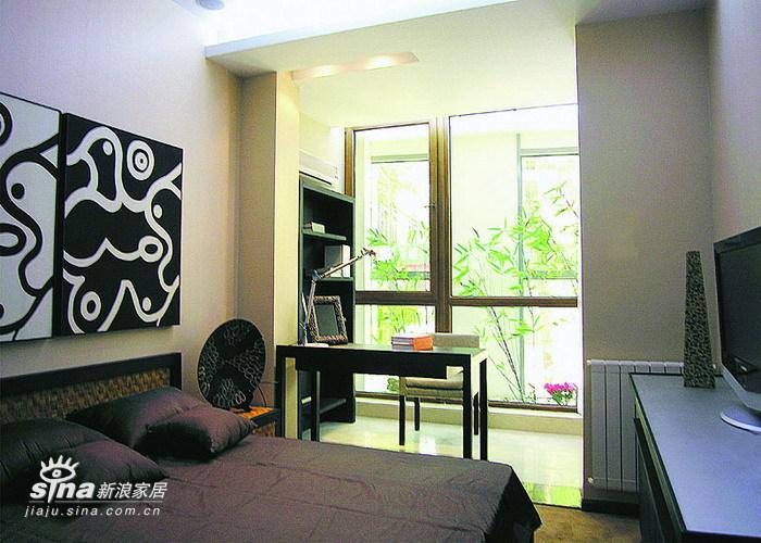 其他 二居 卧室图片来自用户2737948467在小居大韵71的分享