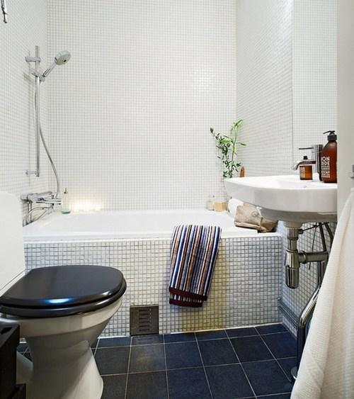 简约 一居 卫生间图片来自用户2738820801在51平单亲妈妈公寓 温馨令人满心欢喜67的分享