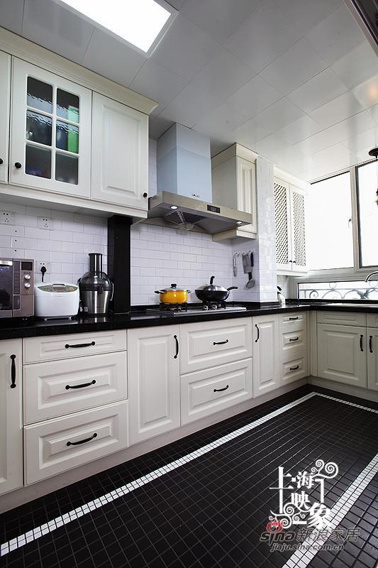 白色的厨房