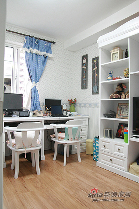 地中海 一居 客厅图片来自用户2756243717在混搭女8万装64平地中海田园家75的分享