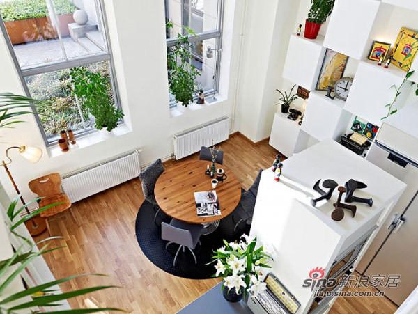 欧式 别墅 餐厅图片来自用户2757317061在124平米小型连排住宅35的分享
