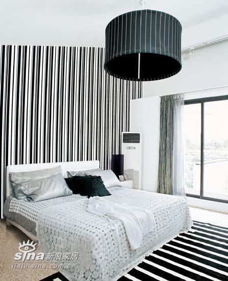简约 三居 卧室图片来自用户2739081033在黑白-时尚风潮之永恒主题 引人注目79的分享