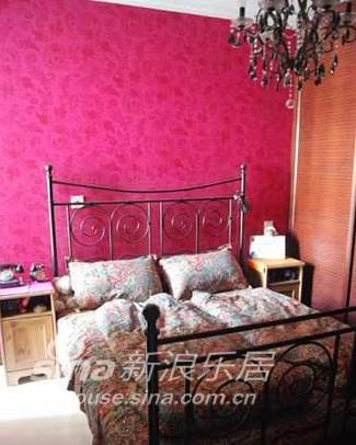 简约 一居 客厅图片来自用户2737735823在45平新古典情调小资婚房44的分享