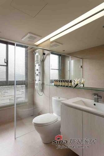 简约 二居 卫生间图片来自用户2737950087在12万装132平大气3居婚房93的分享