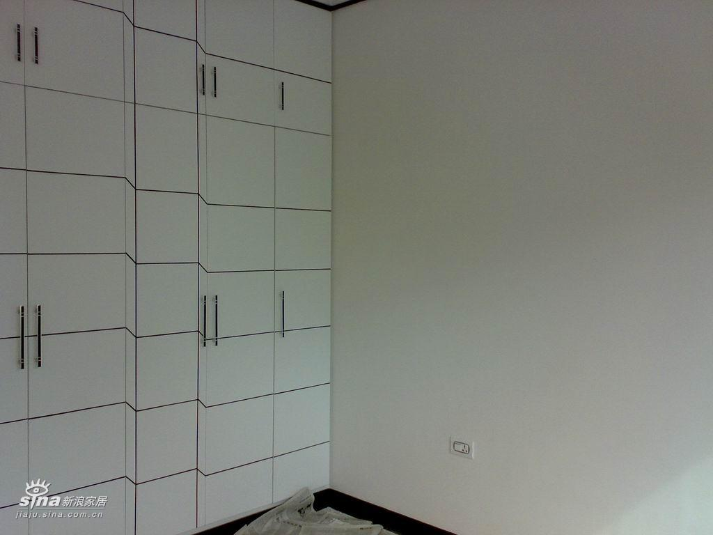 简约 一居 卧室图片来自用户2739153147在半成品装修房27的分享