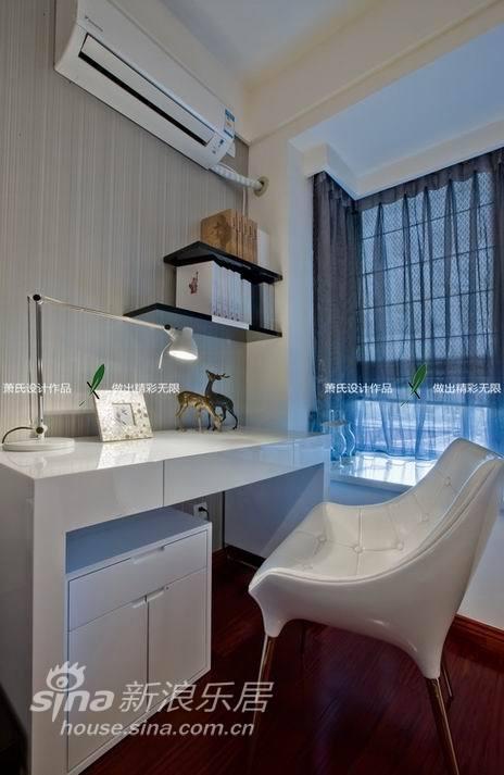 简约 二居 客厅图片来自用户2739153147在秋似洛阳春35的分享
