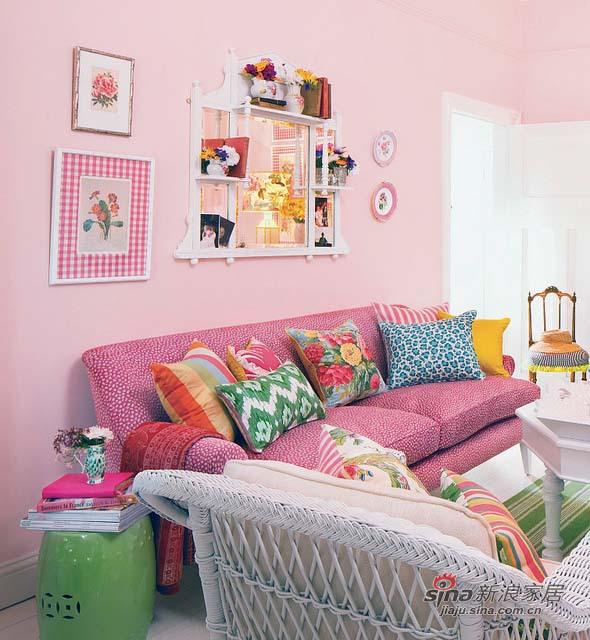 简约 一居 客厅图片来自用户2737735823在89平粉红色品位遐想3居室31的分享