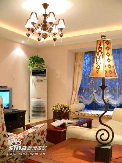 欧式 三居 客厅图片来自用户2772856065在恋情舒展时 亲昵爱人的家居之妖娆美丽29的分享