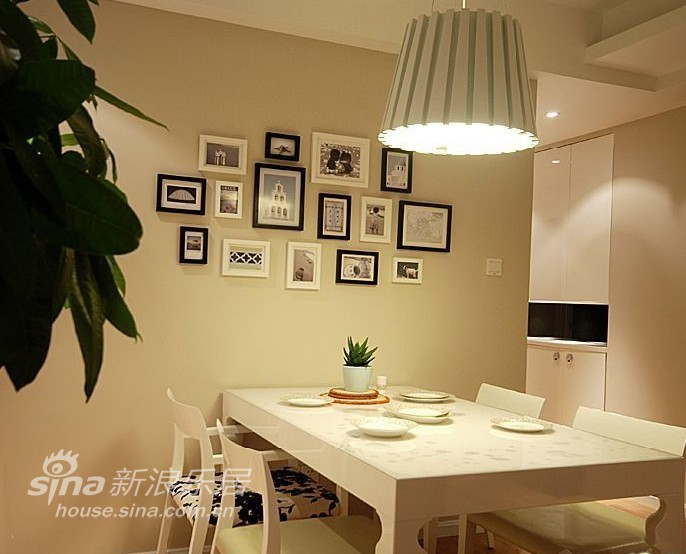其他 二居 客厅图片来自用户2558746857在都市新贵秀阳光生活空间46的分享