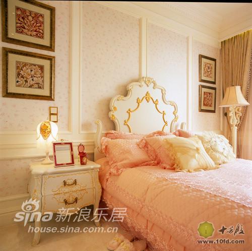 女儿房的粉色反应了俏皮与活力的特征