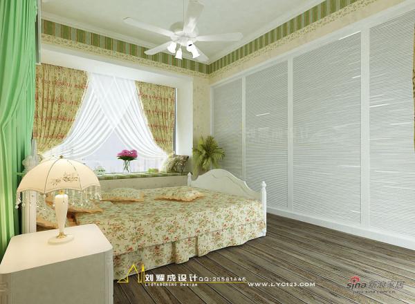 三室两厅田园风格卧室衣柜