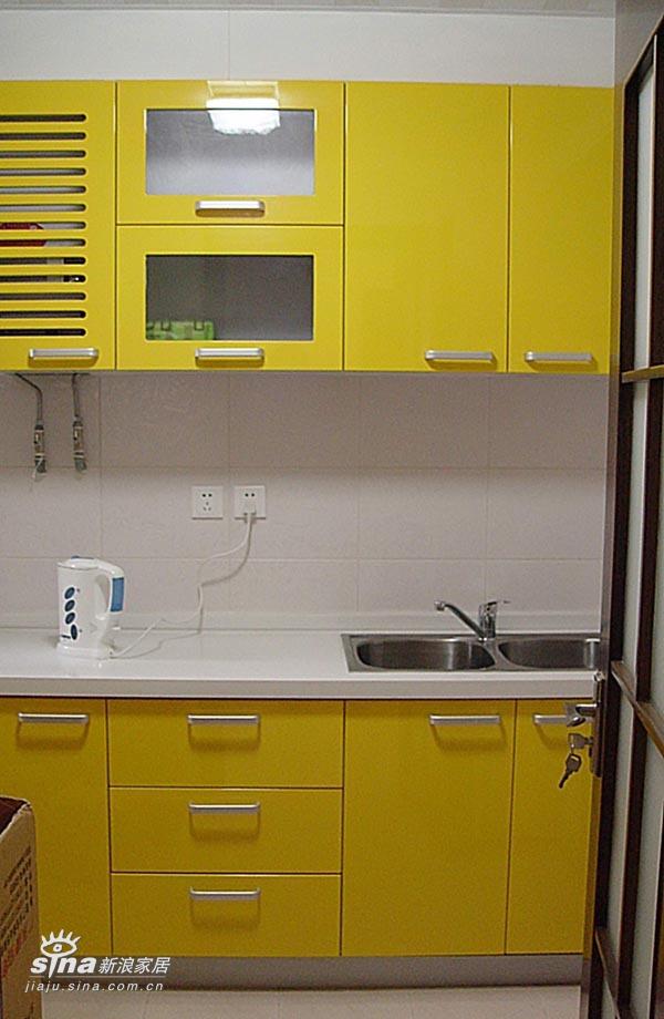 简约 三居 厨房图片来自用户2739153147在海归派的时尚简约37的分享