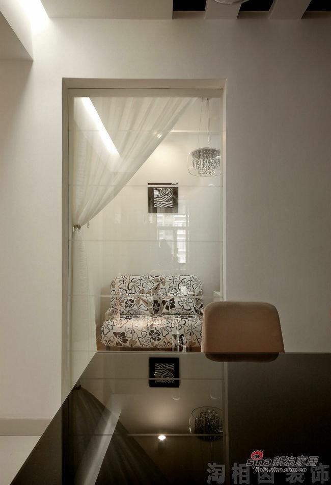 简约 三居 客厅图片来自用户2737759857在黑白意向37的分享