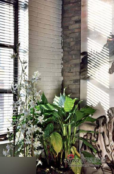 中式 别墅 客厅图片来自用户1907661335在老宅Loft式改造 细品老上海风味97的分享
