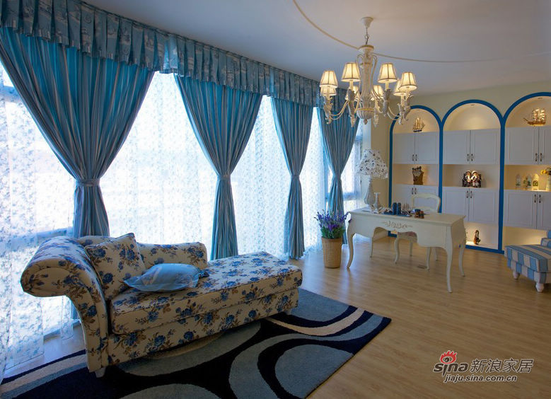 混搭 二居 客厅图片来自用户1907689327在20万搞定豪华地中海混搭田园二居室42的分享