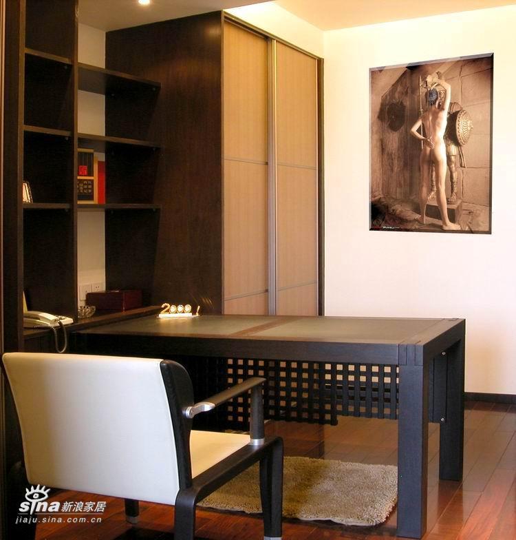 中式 四居 书房图片来自用户2748509701在现代感的新中式38的分享