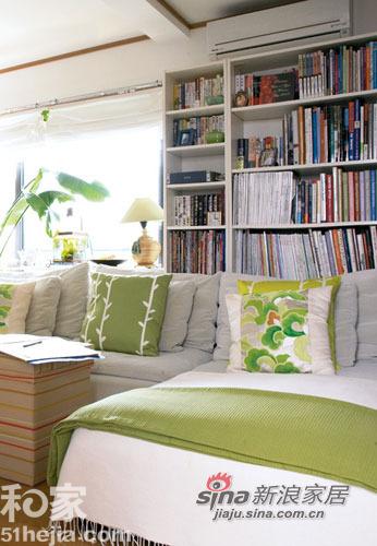 简约 一居 客厅图片来自用户2738813661在夏日清凉简约家 渗出一抹清新绿78的分享