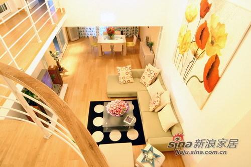 简约 跃层 客厅图片来自用户2737950087在11万装跃层复式的唯美浪漫55的分享