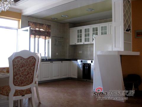 欧式 三居 厨房图片来自用户2757317061在100平古典欧式西班牙森林20的分享