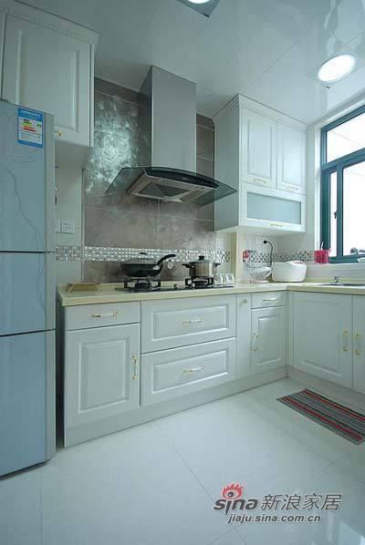 简约 二居 厨房图片来自用户2739081033在19万豪装样板间似的奢华混搭三居94的分享