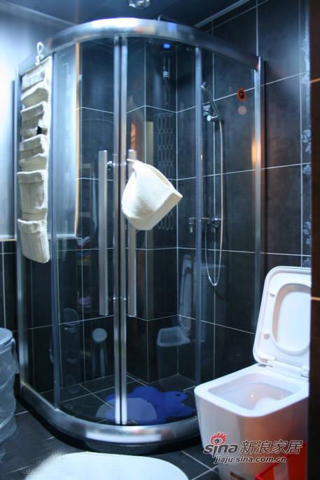 简约 三居 卫生间图片来自佰辰生活装饰在106平现代简约温馨三口之家28的分享