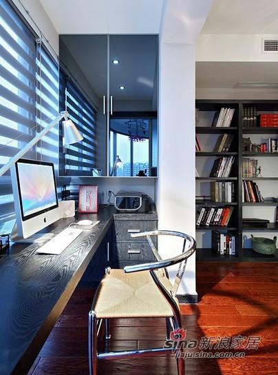 简约 三居 书房图片来自用户2737782783在实景8万装110平优雅简约3居55的分享
