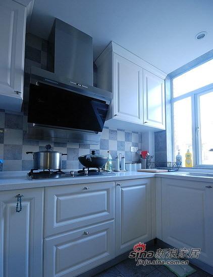 白色厨房设计