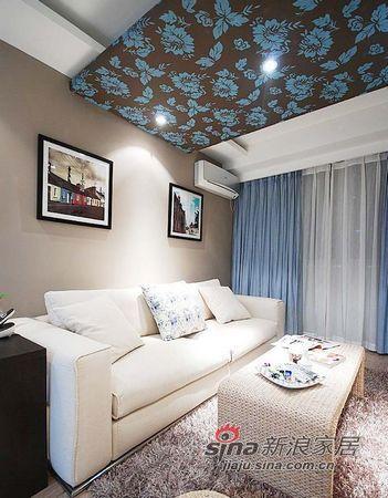 简约 二居 客厅图片来自佰辰生活装饰在12万装69平现代简约小婚房94的分享