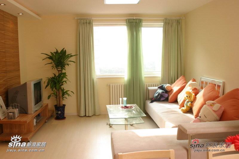 简约 一居 客厅图片来自用户2559456651在从容柔和温馨家园40的分享