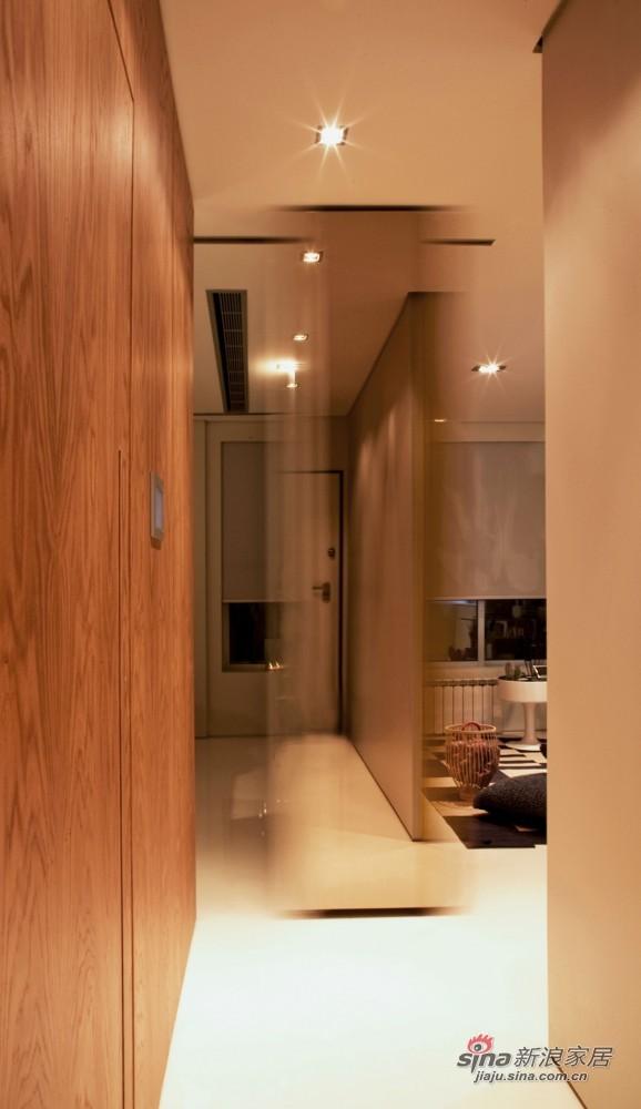 欧式 一居 客厅图片来自用户2772856065在44平米的小空间大设计39的分享
