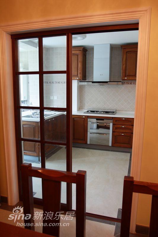 欧式 三居 厨房图片来自用户2772856065在欧式元素三居64的分享